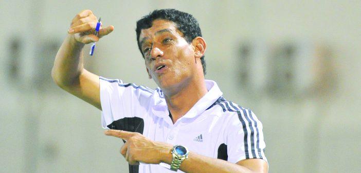 المدرب الوطني سليمان خايف : الدوري يتطور وأبحث عن تجربة نجاح جديدة