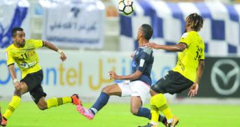 قبل 3 جولات من ختام دوري عمانتل 11 فريقا ما زالوا مهددين بالهبوط !!