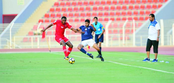 تجاوز مسألة التأجيل دوري عمانتل يفتح باب المنافسة على لقبه الـ 43