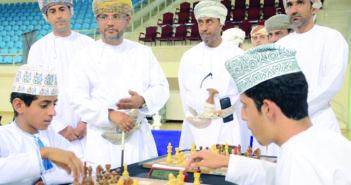 «اللجنة العمانية للشطرنج» تتوج أبطال عمان وتوقع اتفاقية شراكة مع الاتحاد المدرسي