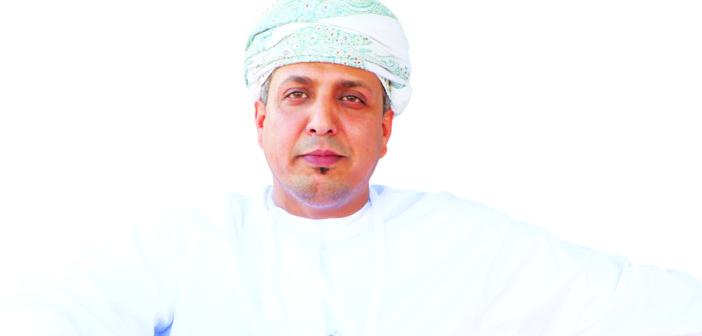 الشيخ سالم العمري رئيس نادي مرباط: اللي إلتزم يعاني..!